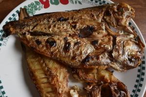 魚の丸焼き
